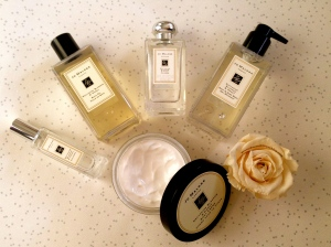 Jo Malone Nectarine Blossom and Honey collection