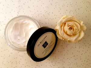 Jo Malone Nectarine Blossom and Honey Body Creme