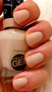 Sally Hansen Miracle Gel - Birthday Suit 110 and Top Coat