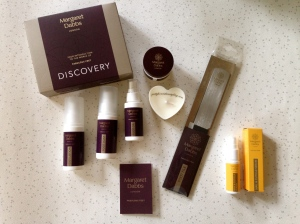 Margaret Dabbs Discovery Kit, Foot File and nourish nail and cuticle serum