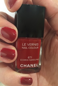 Chanel Le Vernis Ecorce Sanguine Nail Colour Nail Polish Review Swatch