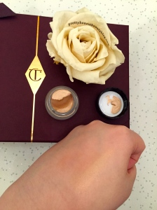 Charlotte Tilbury Eyes to Mesmerise in  Jean Swatch