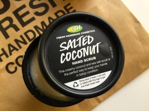 Lush Haul 2015 The Comforter Body Wash Snow Fairy Body Wash, Golden Handshake Hand Mask Salted Coconut Hand scrub review