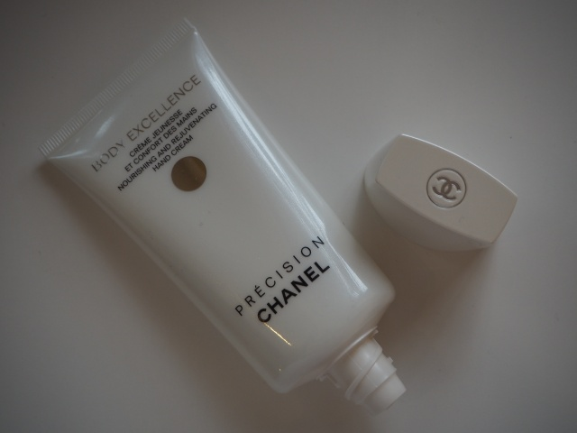 Chanel Precision Body Excellence Nourishing and Rejuvenating Hand Cream Review