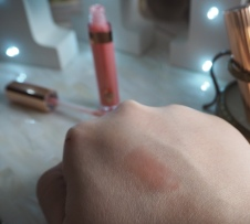Charlotte Tilbury Portobello Girl Lip Gloss Review Swatch