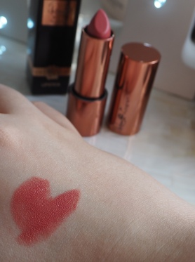 Dolly Baby Lipstick Rosie for Autograph Marks & Spencer Rosie Huntington Whitely Review Swatch