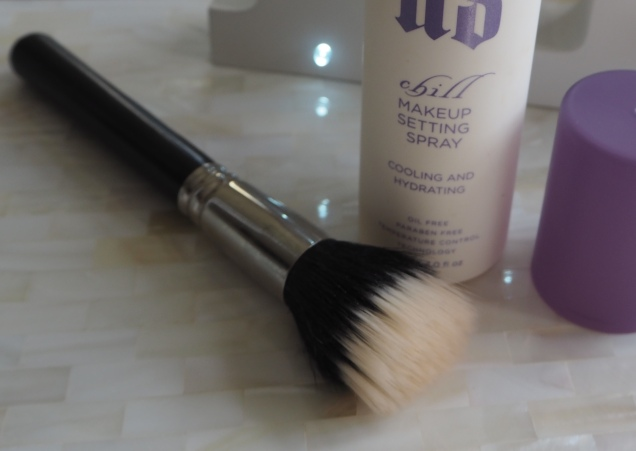 Urban Decay Makeup Setting Spray How I set my makeup