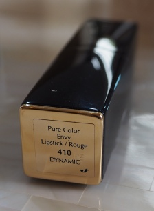 Estée Lauder Pure Colour Envy Lipstick Dynamic 410 review and swatch