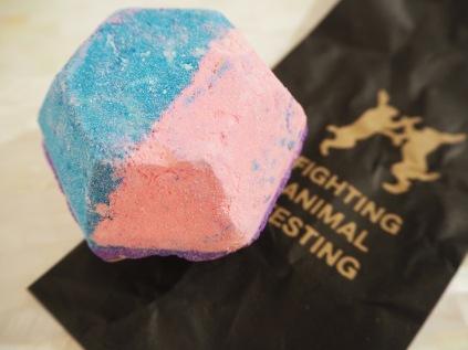 Lush The Experimenter Bath Bomb Review